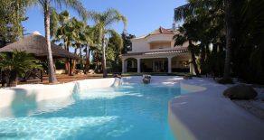 Villa Tropic